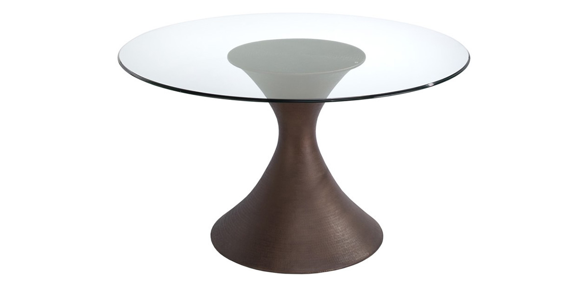 This Exquisite Dining Table Has A Brilliant Hand Hammered Copper Or Bronze  Finished Pedestal Base That Is Shaped Into A Classic Trumpet Form.